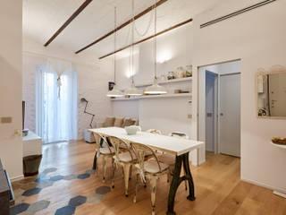 Ristrutturazione appartamento Via Beretta - Milano Sala da pranzo moderna di CasaProgettata.it Moderno