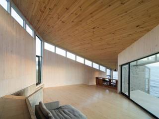 Casa Tunquén 1 Livings de estilo minimalista de Whale! Minimalista
