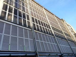 科技業廠房:玻璃電動百葉《消防排煙》 根據 HOYA 電動百葉窗 《 晟弈有限公司 》