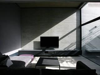 portal patio の 一級建築士事務所 青木設計事務所 モダン