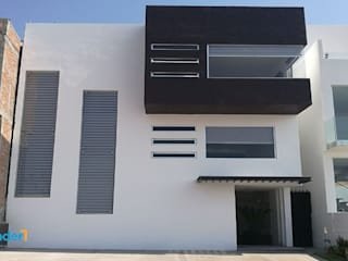 Residencia Lomas Lynder Constructora e Inmobiliaria Casas unifamiliares Concreto Marrón