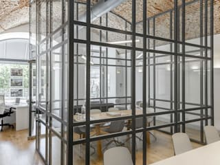 من Spaceroom - Interior Design حداثي