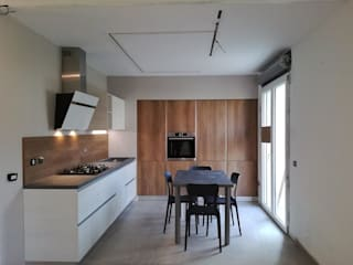 Cucina Barlassina TREZZI INTERNI SNC DI TREZZI FAUSTO, FRANCESCO E DARIO Cucina attrezzata