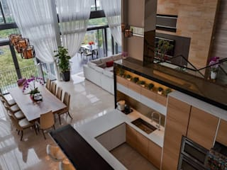Residential Interior DMZ Consultancy Sdn Bhd Tropical style dining room Wood Wood effect