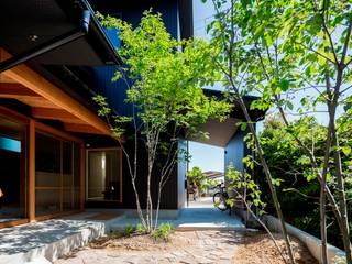 Vườn phong cách hiện đại bởi 松原建築計画 一級建築士事務所 / Matsubara Architect Design Office Hiện đại