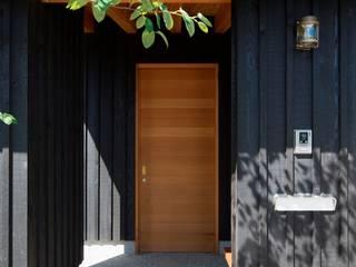 bởi 松原建築計画 一級建築士事務所 / Matsubara Architect Design Office Châu Á