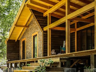 Casa OB Casas de estilo rústico de WINTERI Rústico
