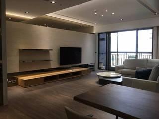 精緻系列 KRONOTEX德國高能得思地板 客廳電視櫃 複合木地板 Brown