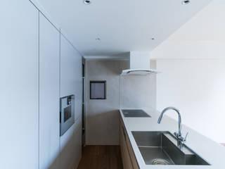 幕張のマンション キッチンリノベーション モダンな キッチン の Smart Running一級建築士事務所 モダン