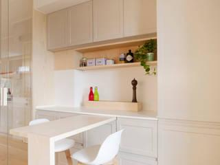 Marianna Porcellato Porvett Built-in kitchens Wood Grey