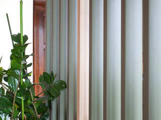 Marianna Porcellato Porvett Scandinavian style corridor, hallway& stairs Green