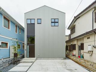土間のあるローコスト木造住宅 の IGArchitects インダストリアル