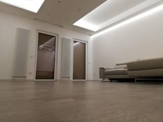03_SU Soggiorno moderno di Mgarchitects Moderno
