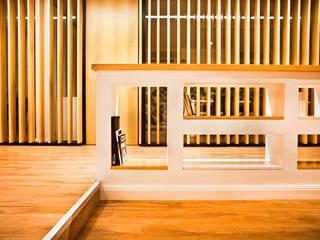 Escritórios modernos por Ba75 Atelier de Arquitectura Moderno