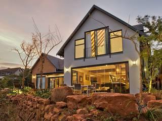 Maisons modernes par Schmidinger Wintergärten, Fenster & Verglasungen Moderne