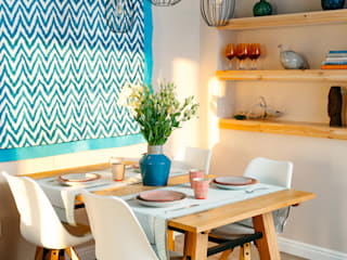 Mediterranean style dining room by DARIA PIKOVA DESIGN COMPANY Mediterranean