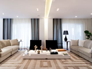 C2HA Arquitetos Eclectic style living room