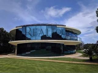 Moradia exclusiva em condomínio de Luxo em Óbidos por Realfolio Estate Moderno