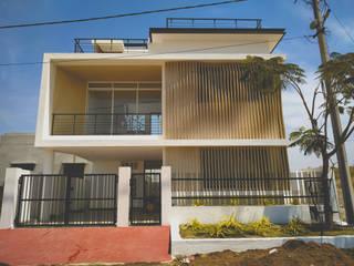 West Villa Modern Houses by Svamitva Architecture Studio Modern