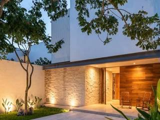 Modern home by LUMINICA Iluminación Modern
