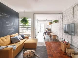 INÁ Arquitetura Sala de estarSofás e divãs