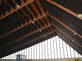 Correzione acustica palazzetto Torrita di Siena (Siena) Palestra in stile moderno di Manifattura Maiano spa Moderno