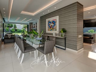 House Radomsky Modern dining room by Malan Kotze Photography Modern