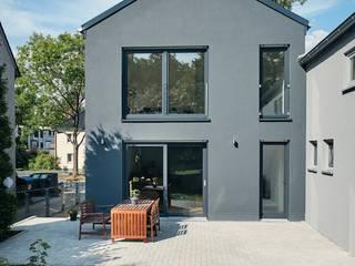 Tiny House in Bochum Moderne Wohnzimmer von architektur anders Modern