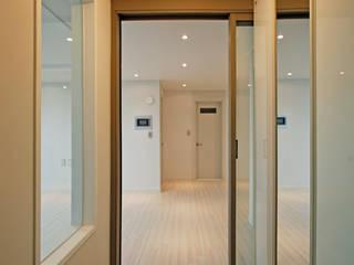 Design Daroom 디자인다룸 Modern corridor, hallway & stairs