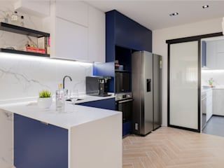 Modern Contemporary in Bleen Scandinavian style kitchen by Meter Square Pte Ltd Scandinavian