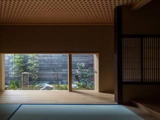 by アトリエ・ブリコラージュ一級建築士事務所 Asian