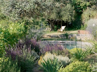 Mediterranean style gardens by marta carraro Mediterranean