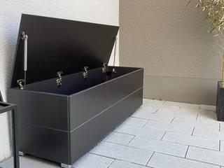 by design@garten - Alfred Hart - Design Gartenhaus und Balkonschraenke aus Augsburg Сучасний Дерево-пластичний композит