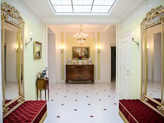 Classic style corridor, hallway and stairs by Designer Olga Aysina Classic