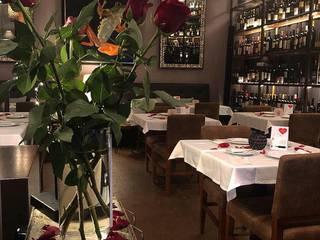 Projeto de Reabilitação e Decoração de Restaurante Espaços de restauração modernos por Guanadecor Design de Interiores Moderno