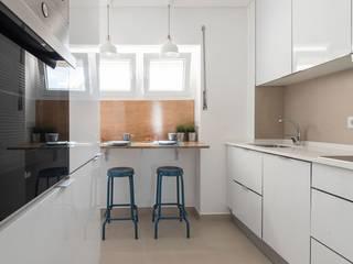Apartamento Turístico Estoril Biarritz Cozinhas ecléticas por Origem Arquitectos Eclético