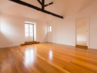 Apartamento Bairro Alto Salas de estar modernas por Origem Arquitectos Moderno