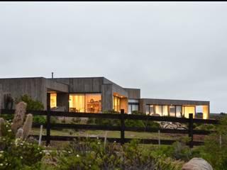 Casa B&B Aguadulce de Carlos Mardones Arquitectos Moderno
