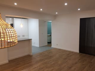 Apartamento T3 - Linda-a-Velha - Oeiras - Home Project Salas de jantar mediterrânicas por Acontece Design Solutions Mediterrânico