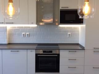 Apartamento T3 - Linda-a-Velha - Oeiras - Home Project Cozinhas mediterrânicas por Acontece Design Solutions Mediterrânico