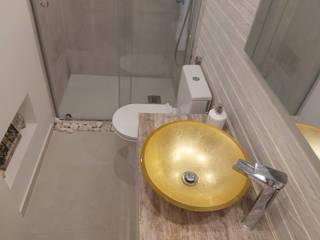 Apartamento T2 - Olivais - Home Project Casas de banho rústicas por Acontece Design Solutions Rústico