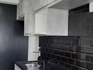 APARTAMENTO  H+C  - REFORMA COMPLETA Cozinhas modernas por Portal Reformas & Construção Moderno