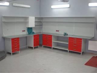 Верстак для гаража угловой разборный Гараж в классическом стиле от МетМебельГрупп Классический