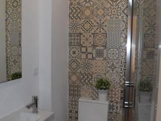 Casa de Banho - Diversos - Projecto de Interiores/Remodelação Total Casas de banho rústicas por Acontece Design Solutions Rústico