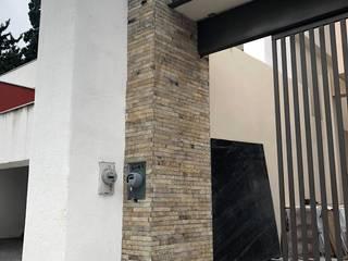 Acabados Monterrey Rumah Gaya Kolonial Batu Beige