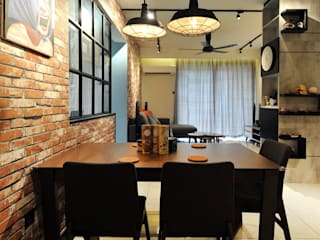 Boldly Industrial @ Green Suria Apartment at Cheras 9 Miles, Selangor Industrial style dining room by DCS CREATIVES SDN. BHD. Industrial