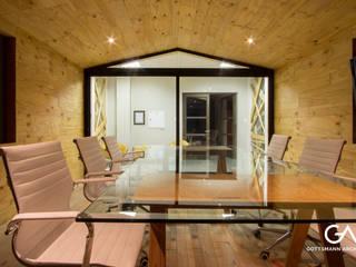 Oficinas y comercios de estilo escandinavo de Gottsmann Architects Escandinavo