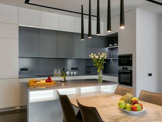 Современная квартира в ЖК Новопечерские Липки Кухня в стиле модерн от homeinteriors Модерн