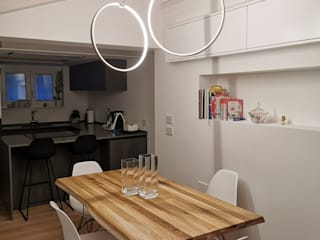 Modern dining room by Laura Marini Architetto Modern
