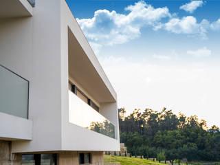 Mundartificial Villas Aluminium/Zinc Black